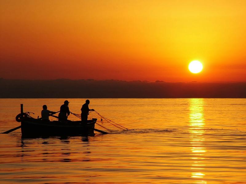 Wallpaper Fisherman Sunset Boat Hd Creative Graphics: Let's Go Fishing With Jesus.